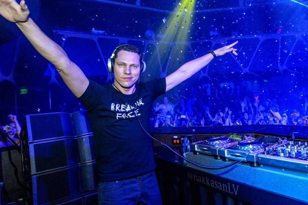Pete Tong presenta 'Red Lights', el nuevo single de Tiësto